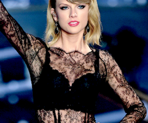 Taylor Swift and 2014 image