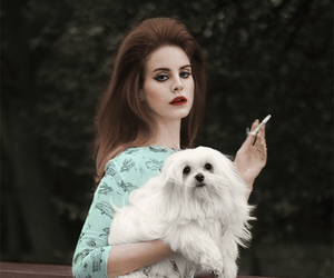 lana del rey and dog image