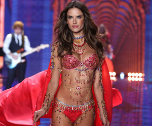 alessandra ambrosio, Victoria's Secret, and 2014 image