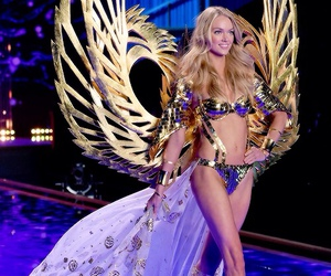 beautiful, fashion show, and Lindsay Ellingson image
