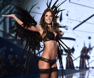 alessandra ambrosio, Victoria's Secret, and fashion show image