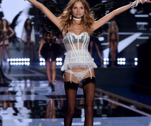 Magdalena Frackowiak and victoria secret image