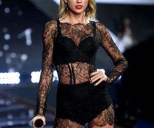 Taylor Swift, taylor, and black image
