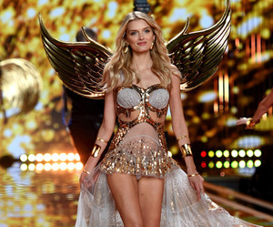 Lily Donaldson, vsfs, and 2014 image