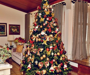 christmas tree decorated image