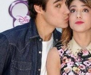 violetta, love, and kiss image