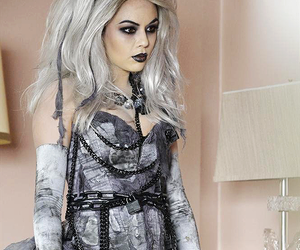 mona, pretty little liars, and janel parrish image