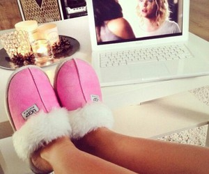 uggs, pll, and the life! image