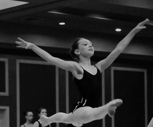 ballet, dance, and maddie ziegler image