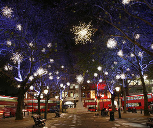 decorations, london, and street image