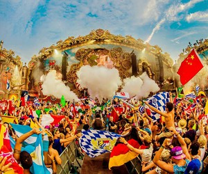 party and Tomorrowland image