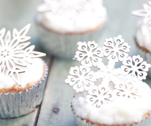 cupcake, winter, and christmas image