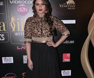 bollywood suits, bollywood dresses, and kareena kapoor sarees image
