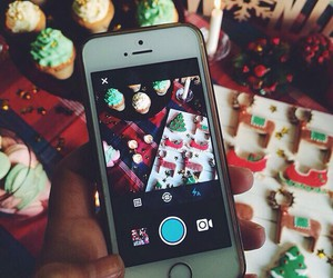 christmas and iphone image