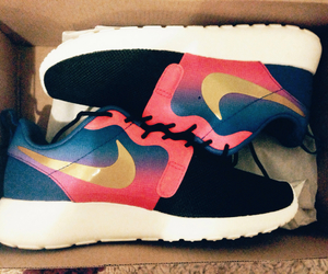 fashion, nike, and roshe image