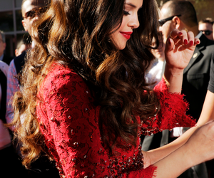 selena gomez, red, and selena image