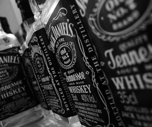whiskey, alcohol, and black and white image