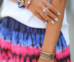 accesories, ombre, and skirts image