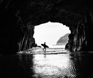 surf and black and white image