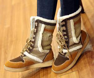 shoes, snow boots, and winter boots image