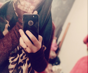 hijab, we heart it, and iphone 5s image