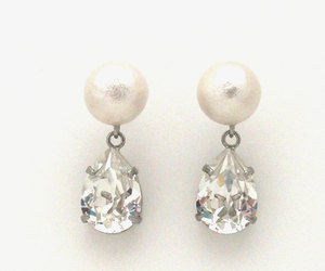earrings and pearls image