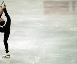 figure skating image