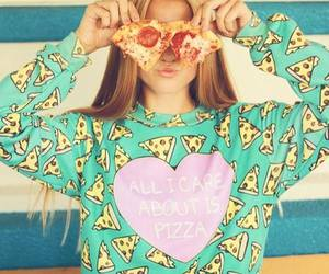 pizza and heart image