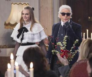 fashion show, model, and karl lagerfeld image