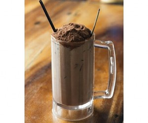 chocolate, float, and milo image