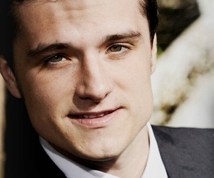 josh hutcherson and peeta image