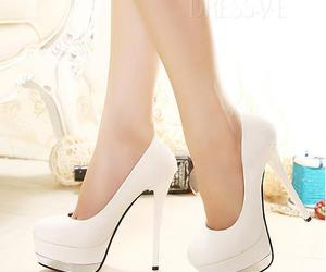 shoes and fashion.high heel image