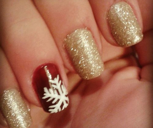 nails and its christmas time image
