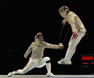 sabre fencing image