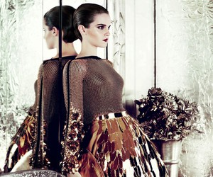 emma watson and vogue image