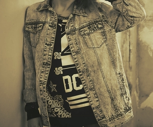 denim jacket, oldschool, and t-shirt image