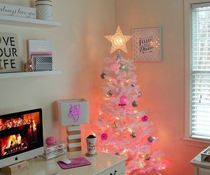 christmas, room, and pink image