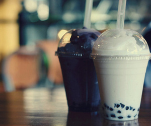 bubble tea, drink, and yummy image