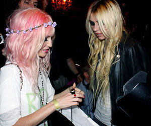 audrey kitching, Taylor Momsen, and hair image