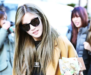 beauty, girl, and kpop image
