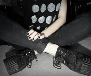 black, grunge, and moon image