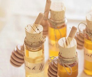 honey souvenir wedding image