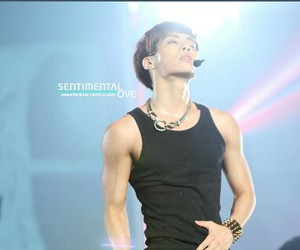 body, Jonghyun, and SHINee image