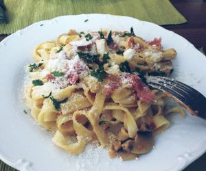 lunch, parsley, and tagliatelle image