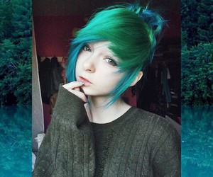 alt girl, dyed hair, and green hair image