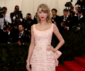 Taylor Swift, dress, and beautiful image
