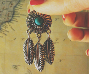 dreamcatcher and jewelry image