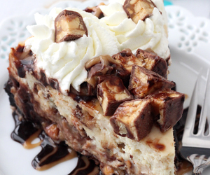 food, cake, and snickers image