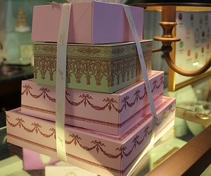 amazing, laduree, and so cute image