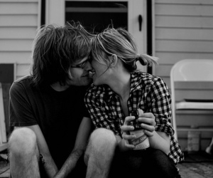couple, love, and kiss image